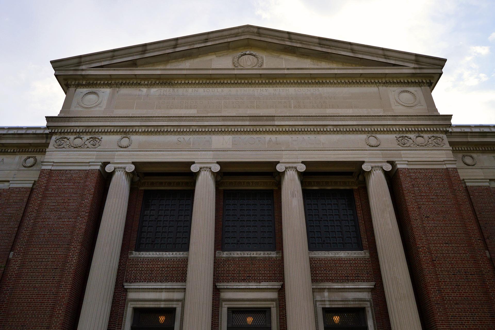 Zwecklosigkeit der Institutionen
